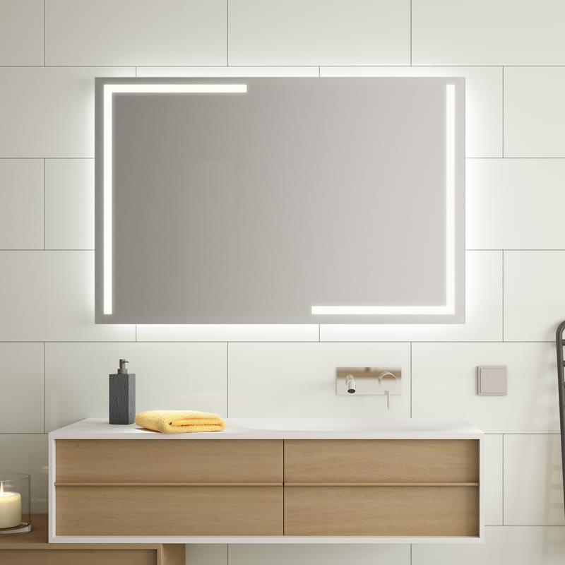 Badspiegel beleuchtet Pokaria