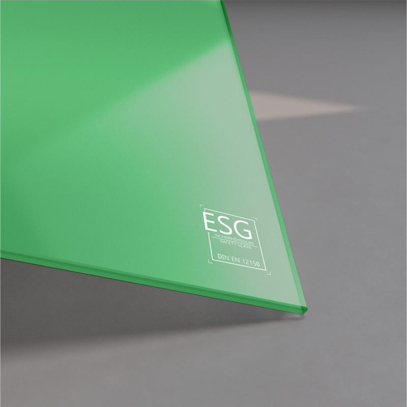Grün lackiertes ESG Glas nach Maß 4mm