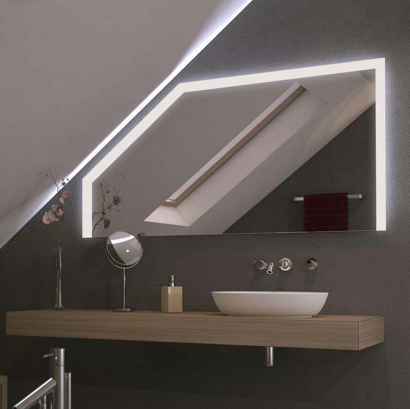 Spiegel für Dachschrägen mit LED Beleuchtung Toprun