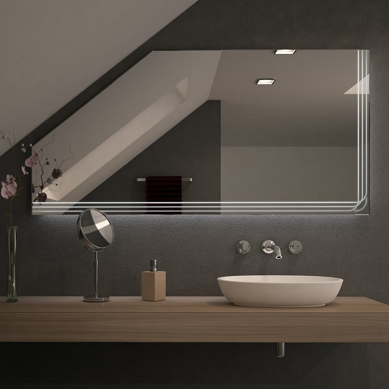 Spiegel für Dachschrägen mit LED Beleuchtung Triola