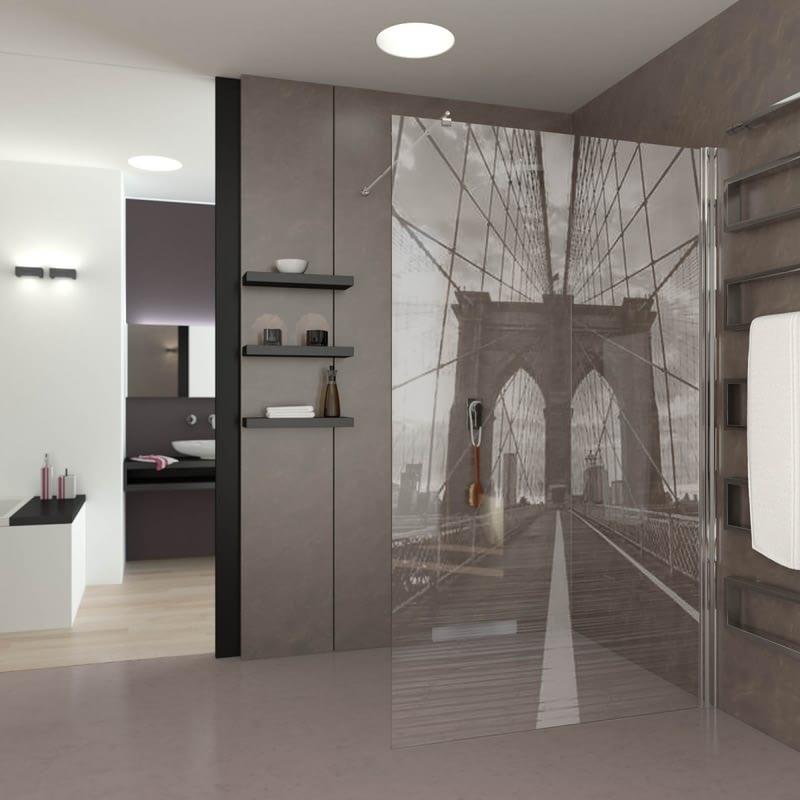 Walk In Dusche gelasert mit Motiv Brooklyn Bridge