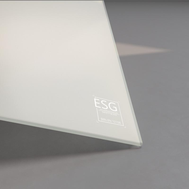 Weiß lackiertes ESG Glas SATINATO 4mm